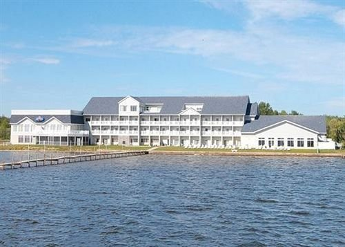 Lakeside Resort Hotel & Conference Center
