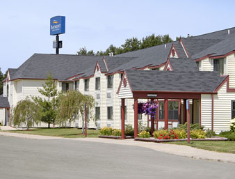 Baymont Inn Suites Lord Mi